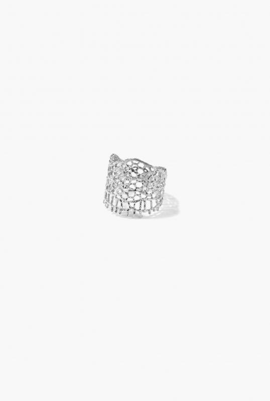 White gold & diamonds Lace ring