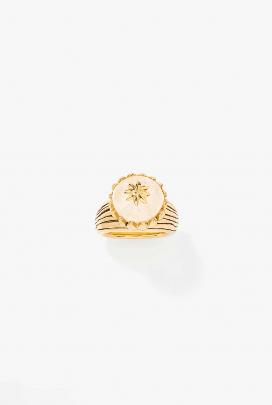 xena-ring-rock-crystal-gold-plated