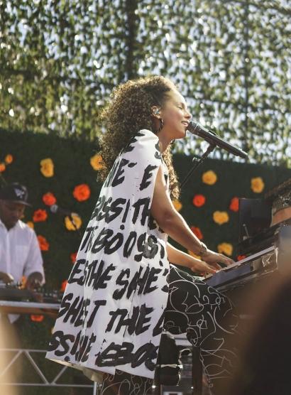 Alicia Keys - Créoles Diana torsadées noires
